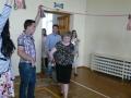 2. Pirmokai ir jų mokytoja A. Dabravolskienė atveda dvyliktokus
